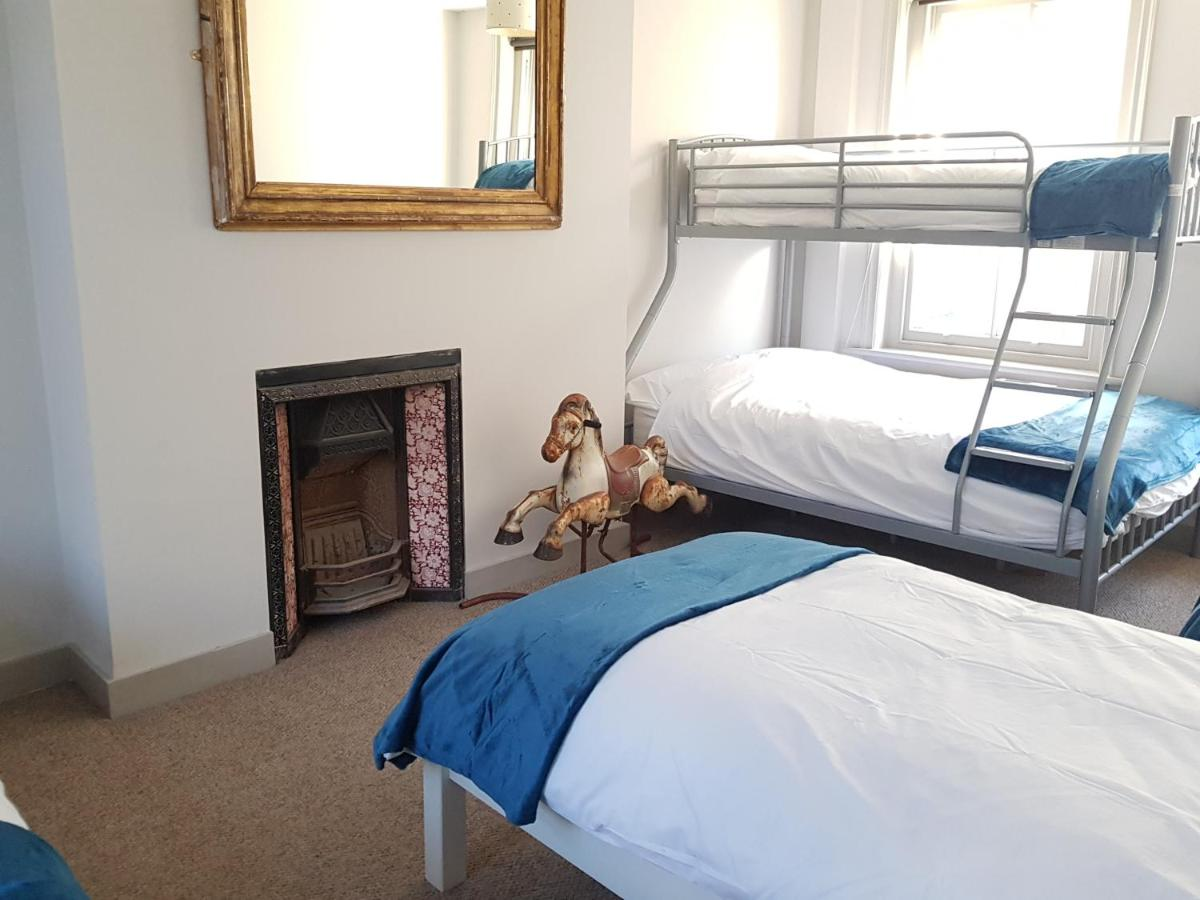 Grand Pier Guest House - Laterooms