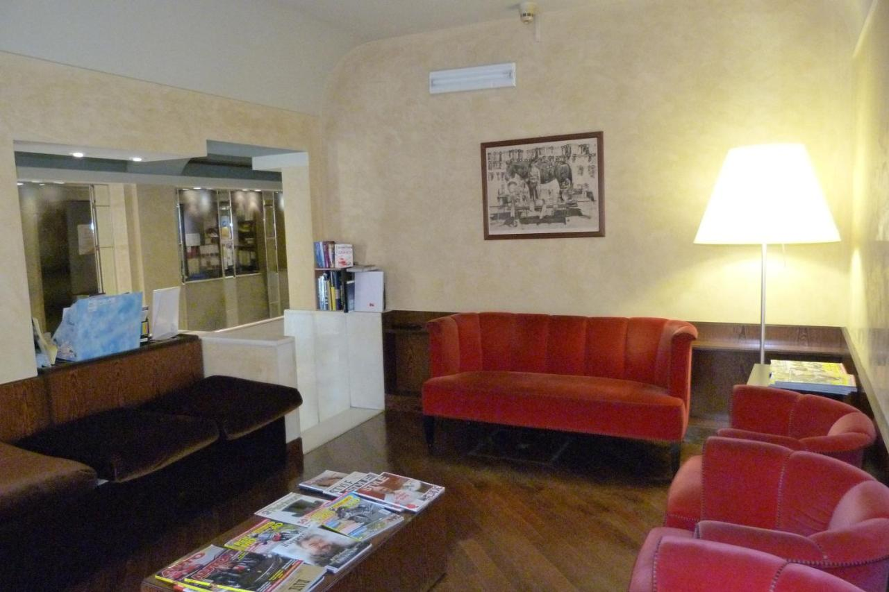 Hotel Centrale Byron - Laterooms
