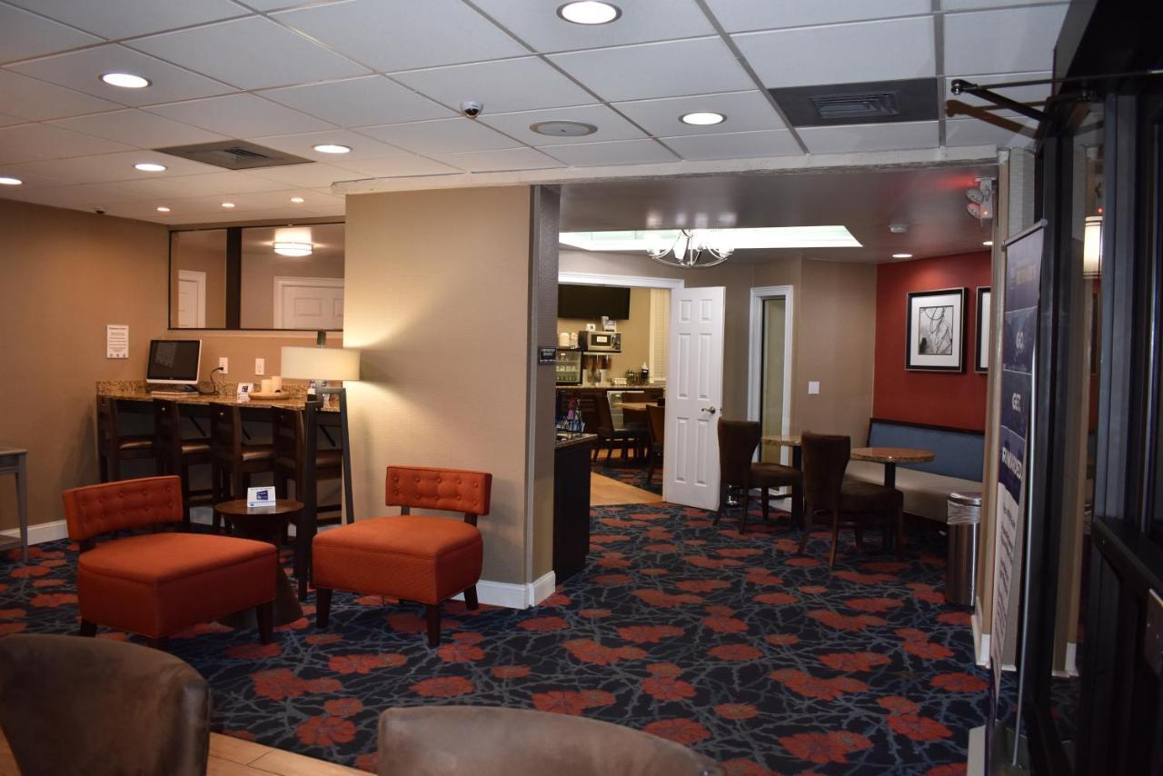 BEST WESTERN Southlake Inn - Laterooms