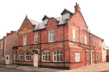 Railway House - Laterooms