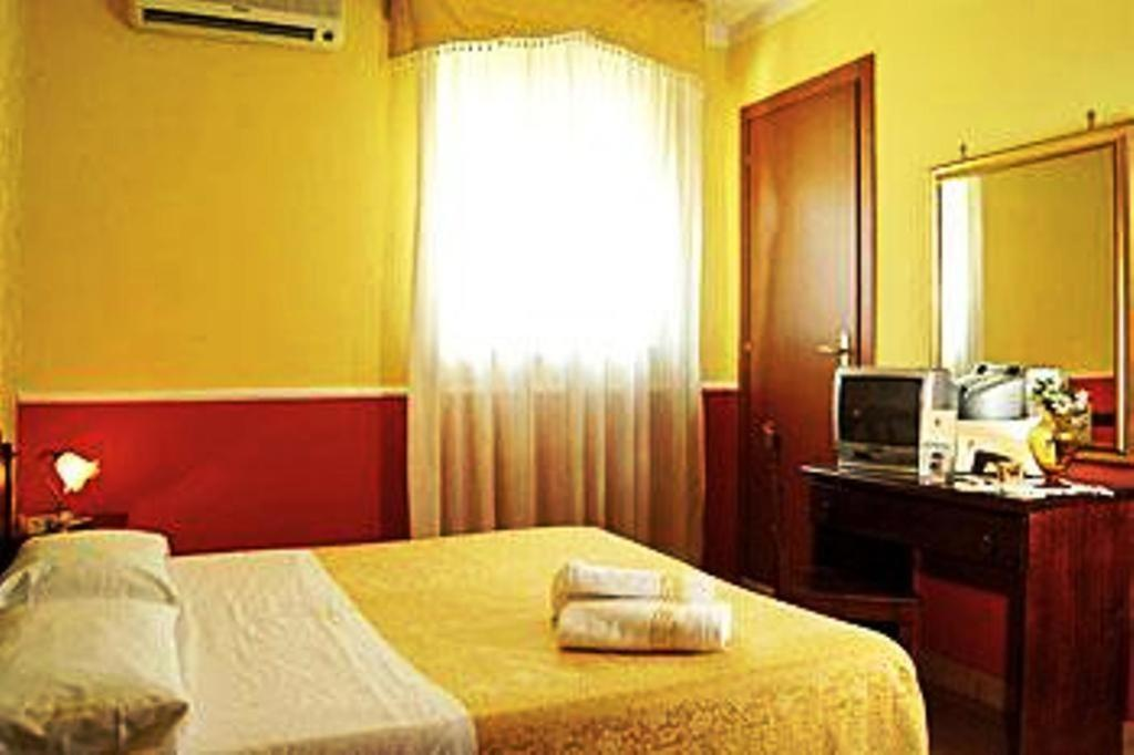 Green Park Hotel - Laterooms