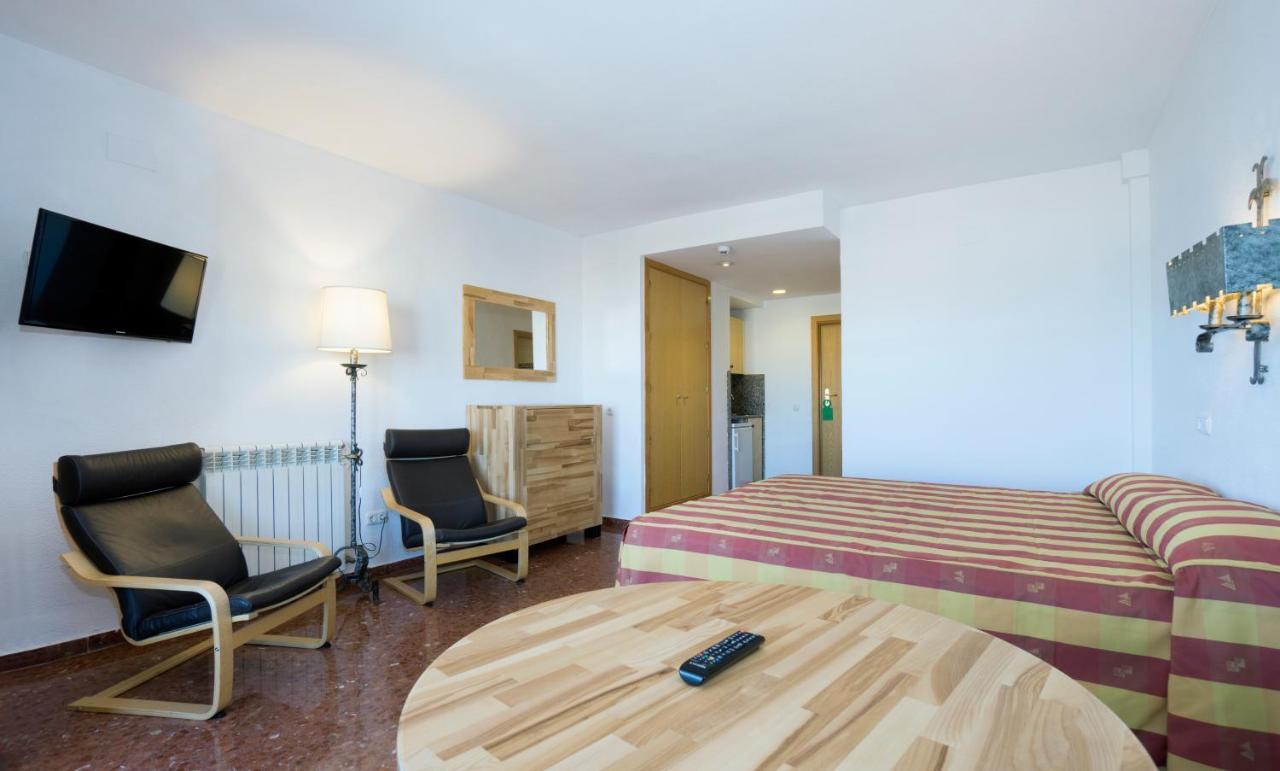 Apartamentos Bajondillo - Laterooms