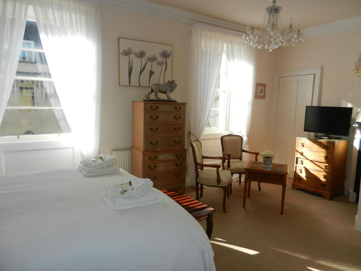 Brocks Guest House - Laterooms