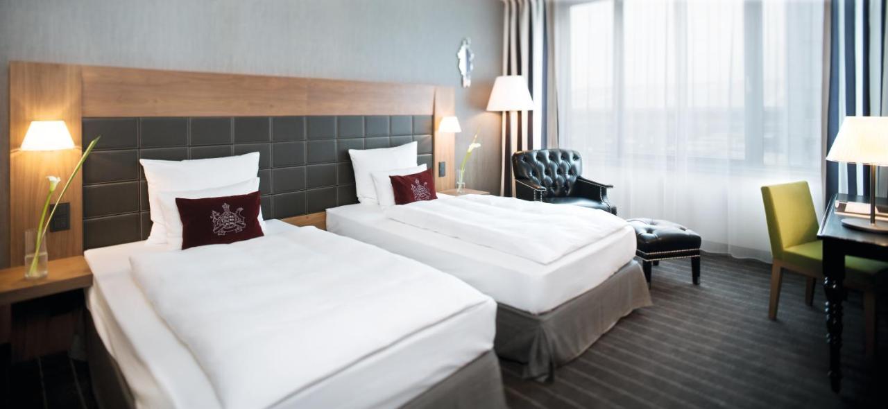 Mövenpick Hotel Stuttgart Airport & Messe - Laterooms
