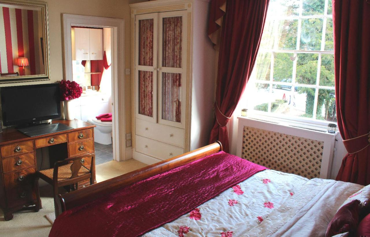 Holly House Bed & Breakfast - Laterooms