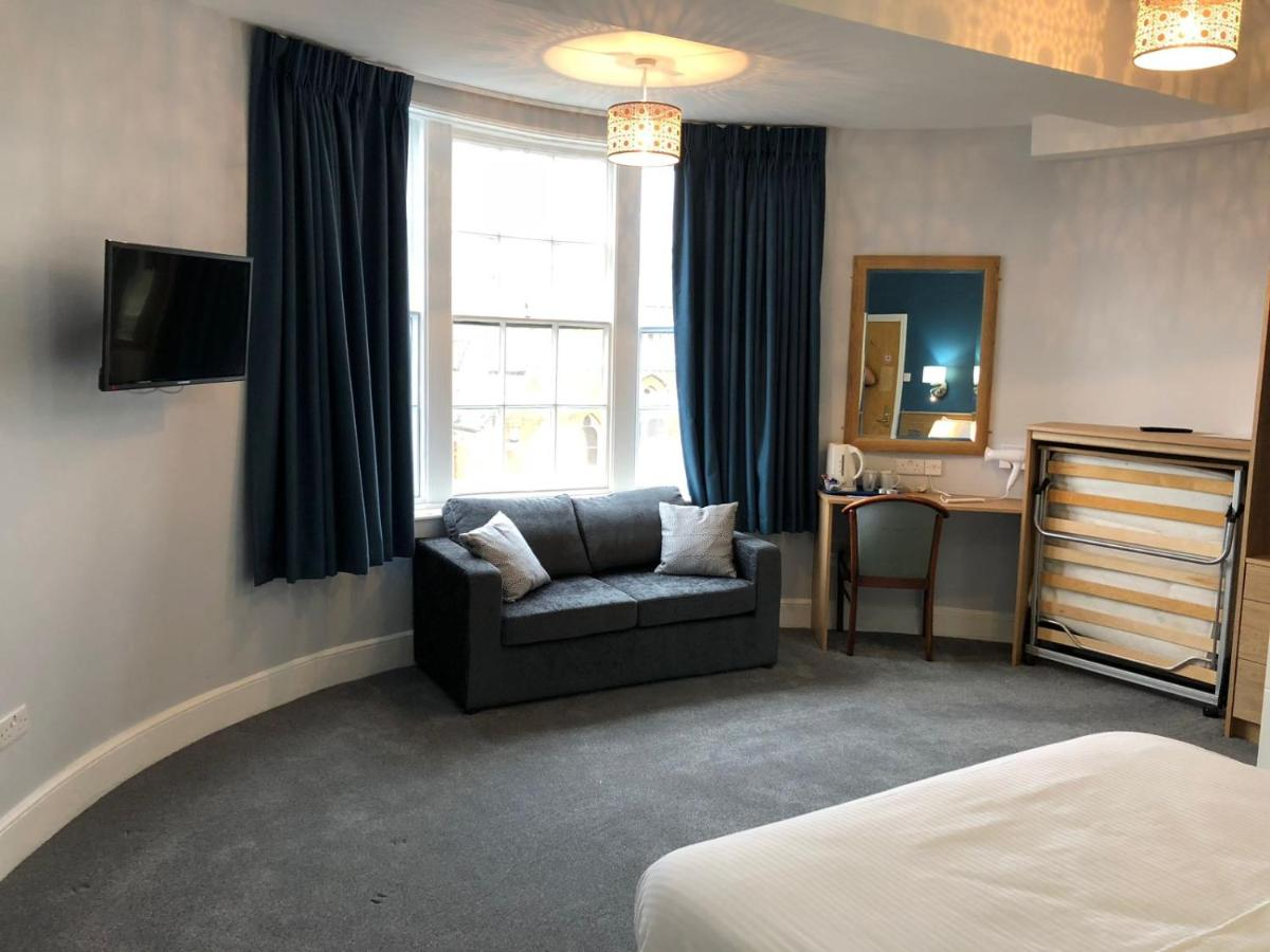 Manor Hotel - Laterooms
