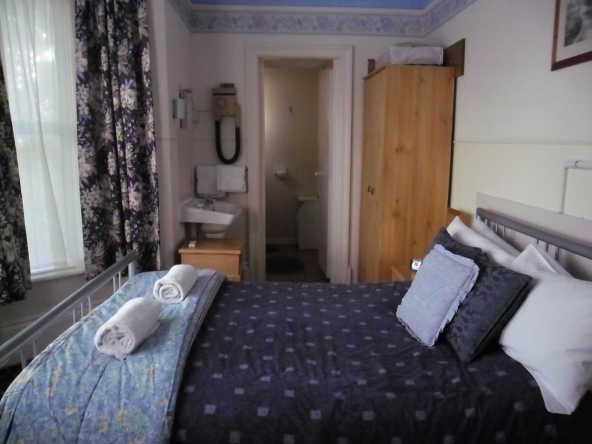 Chad Hill Hotel - Laterooms