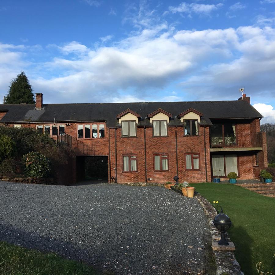 Lower Thornton Farm - Laterooms
