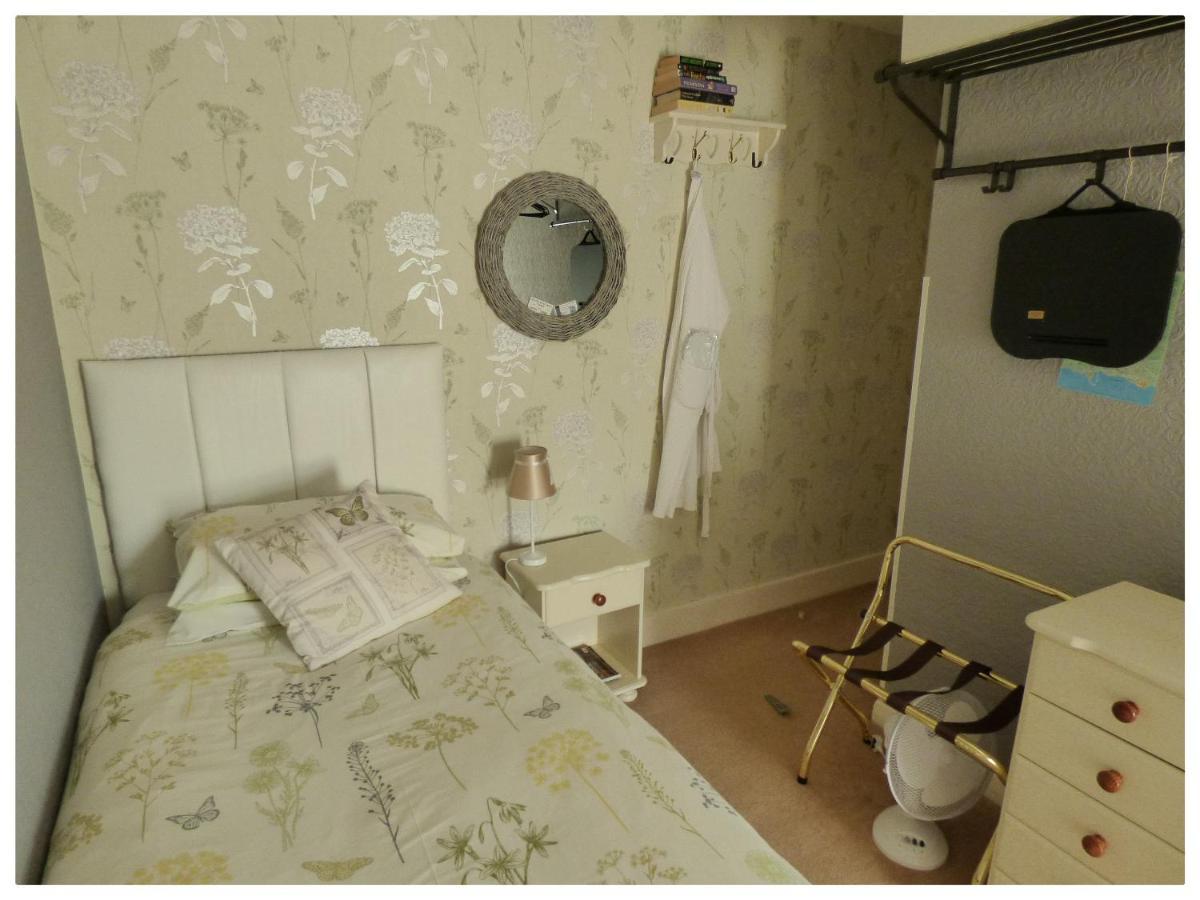 Maison Dieu Guest House - Laterooms
