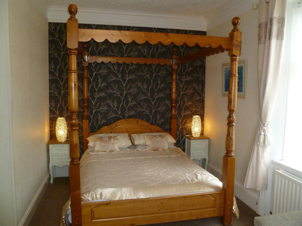 Greenlaw Guest House - Laterooms