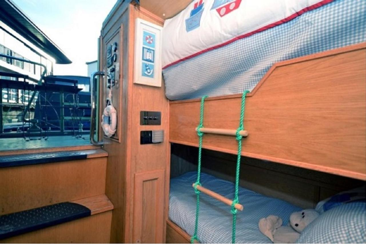 The Four Sisters Boatel - Laterooms