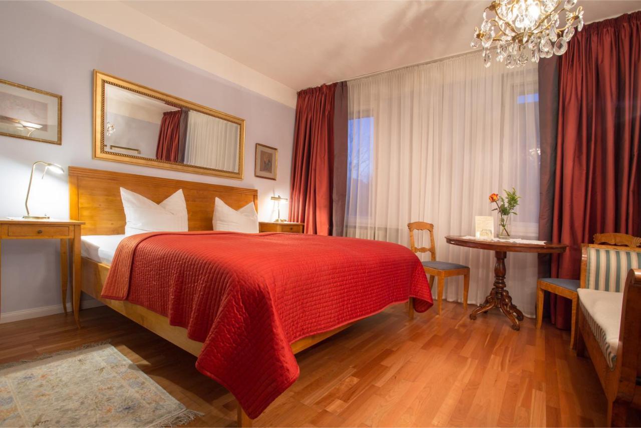 Hotel Friedenau Das Literaturhotel - Laterooms