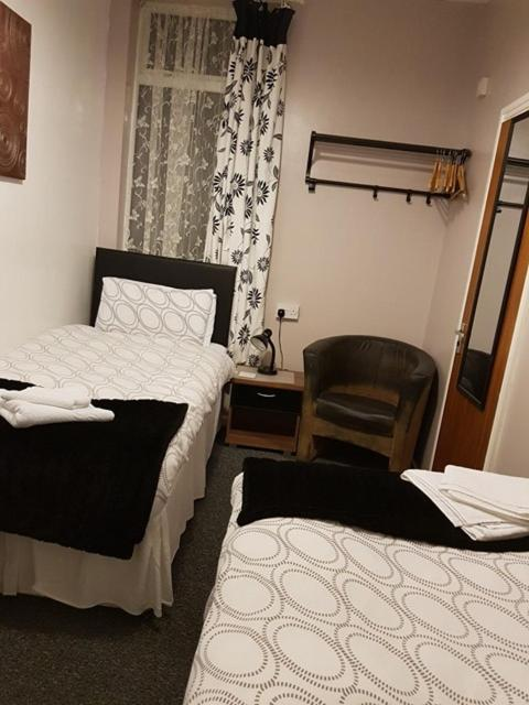 Ascot Guest House - Laterooms
