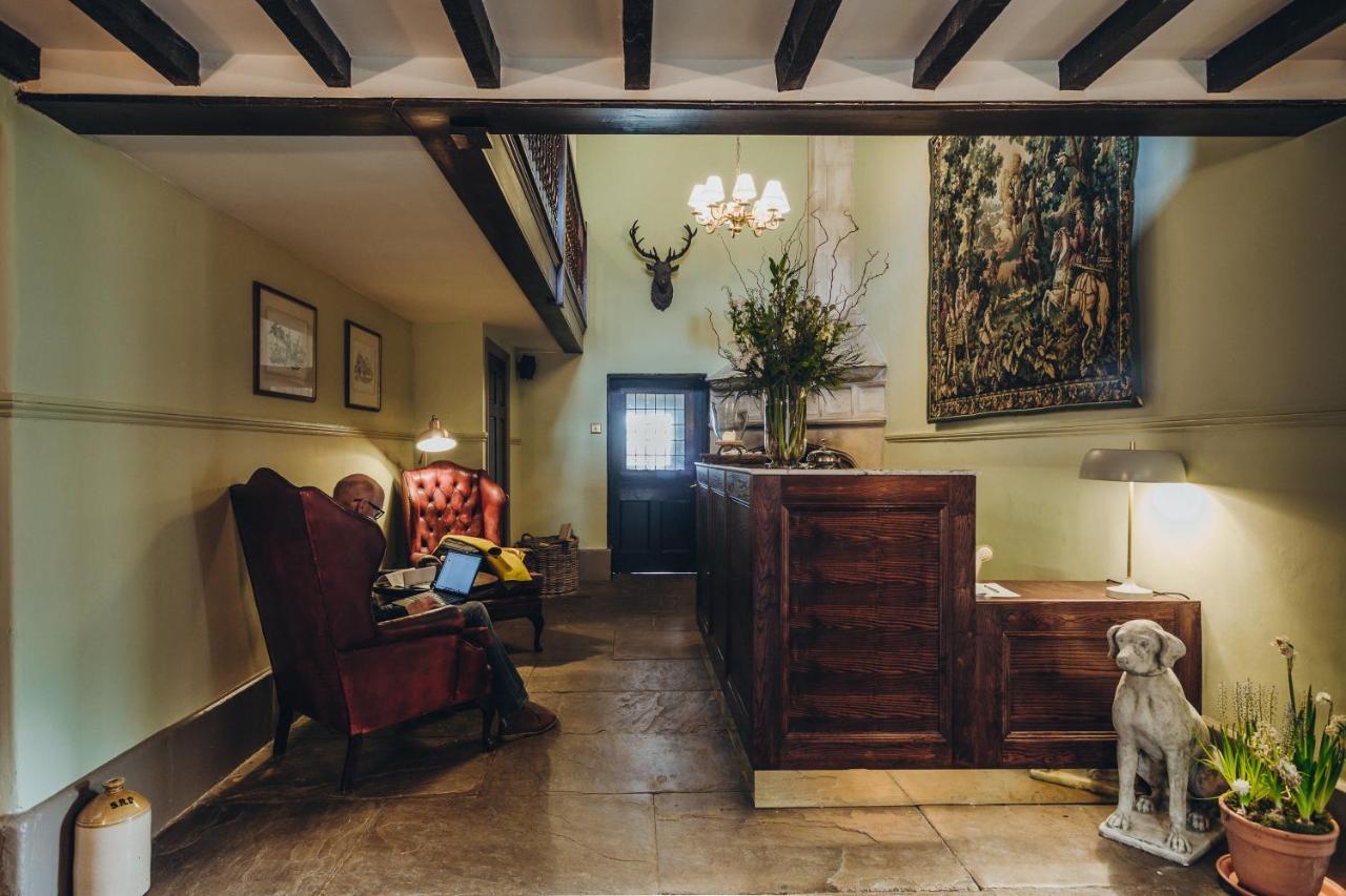 Stanton Manor Hotel - Laterooms