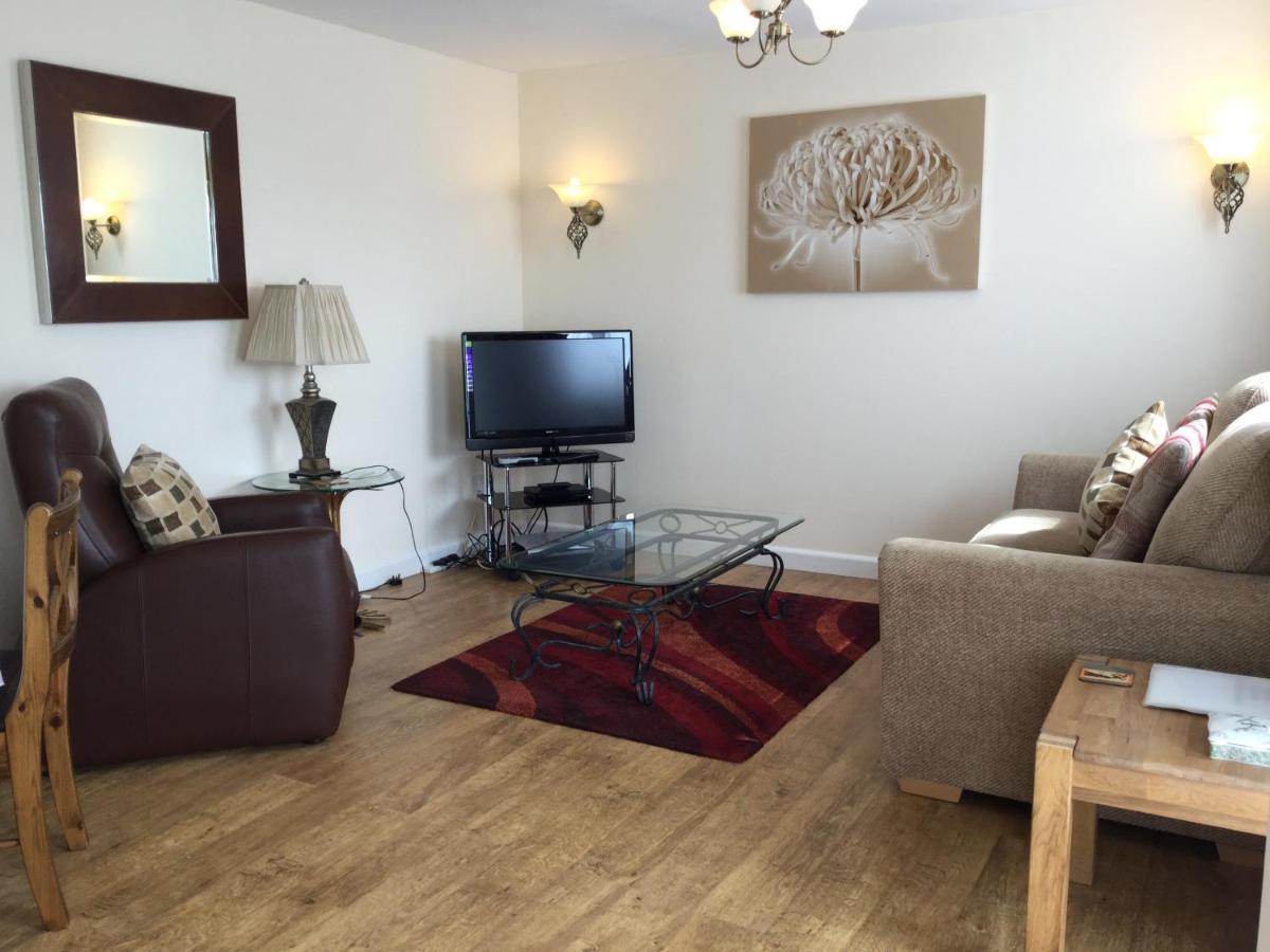 Beau Vallon Holiday Apartments - Laterooms