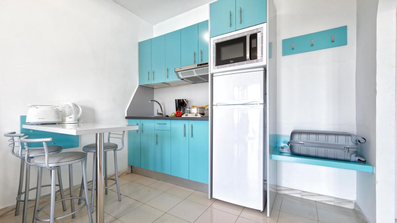 Apartamentos Los Veleros - Laterooms