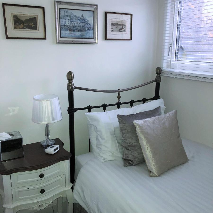 Trefoil Guesthouse - Laterooms