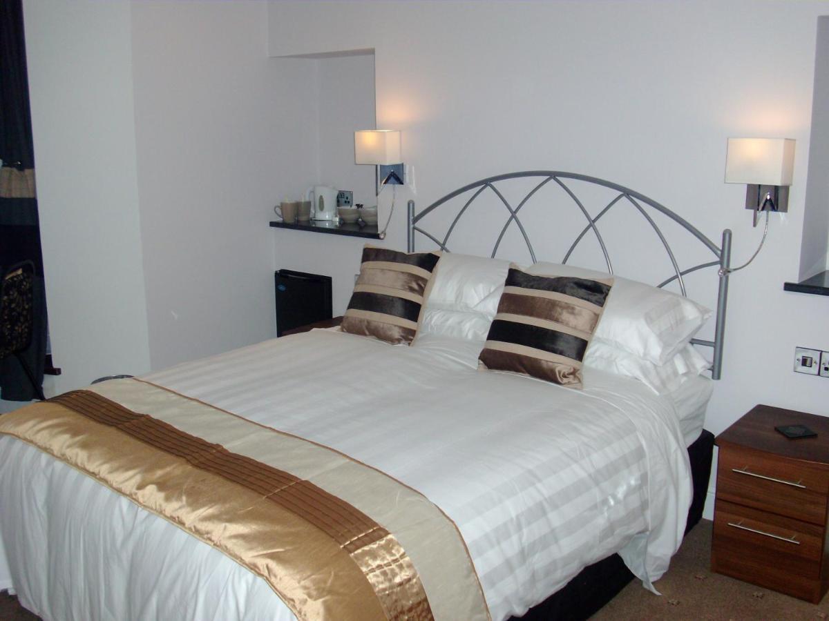 Farnham Hotel - Laterooms