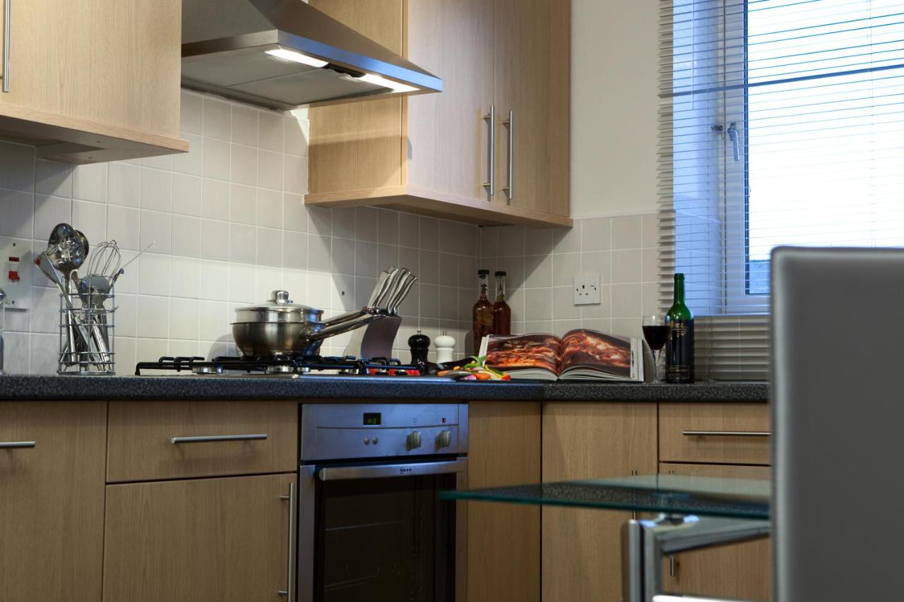 The Spires Suites - Aberdeen - Laterooms