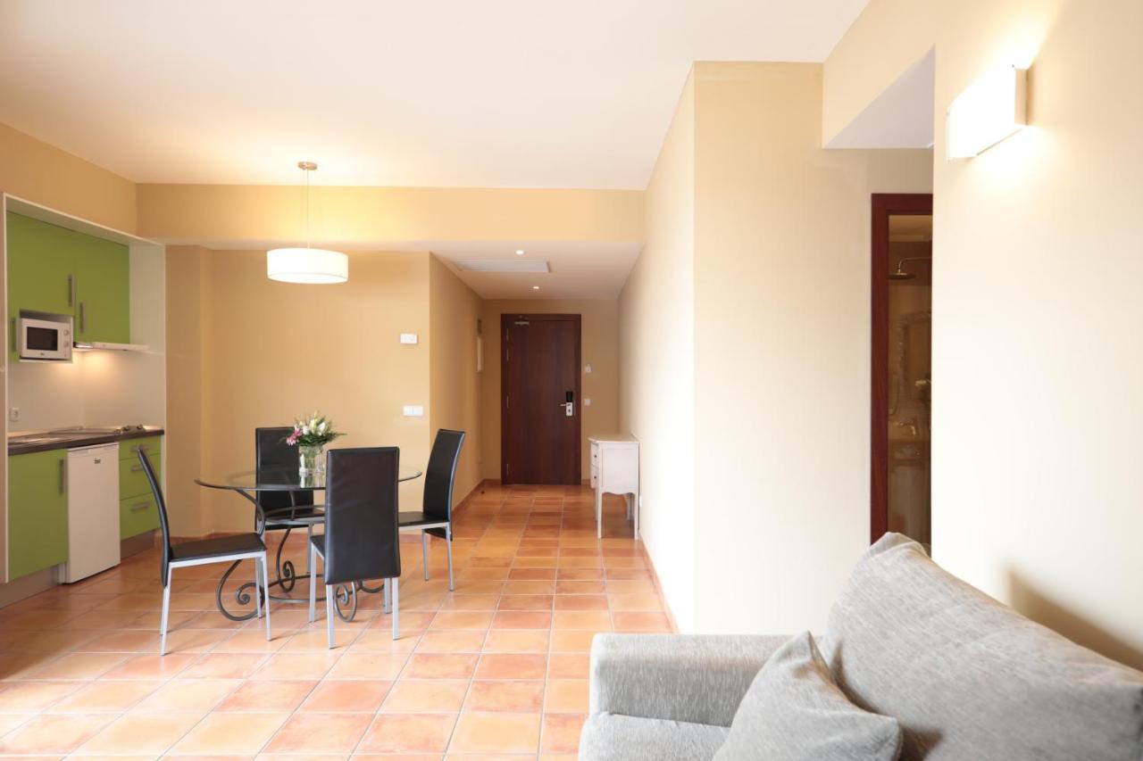 Aparthotel La Pérgola - Laterooms