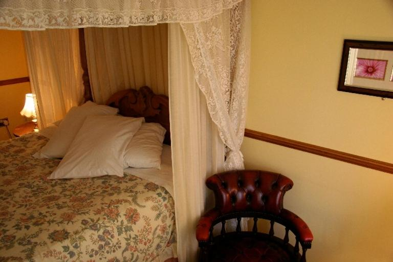 Chequers Inn Hotel - Laterooms