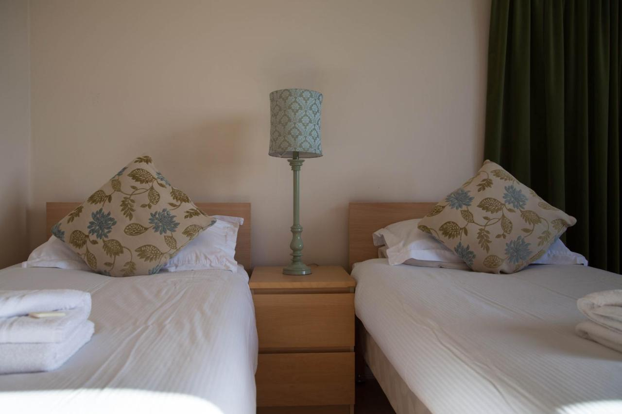 Garfield Guest House - Laterooms