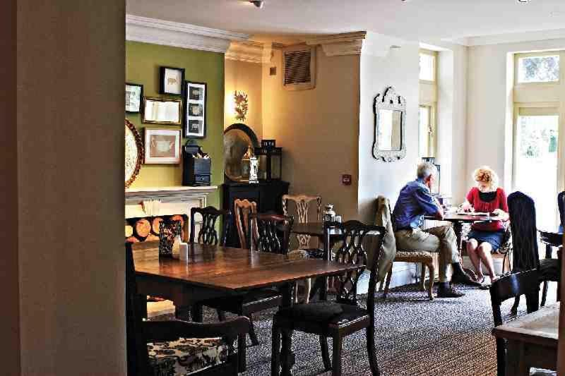 Wheatley Arms - Laterooms
