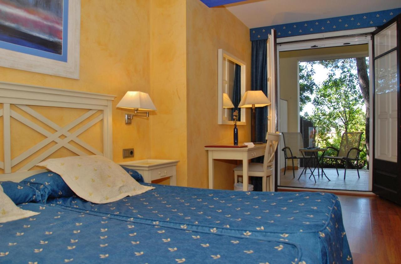 Hotel El Castell - Laterooms