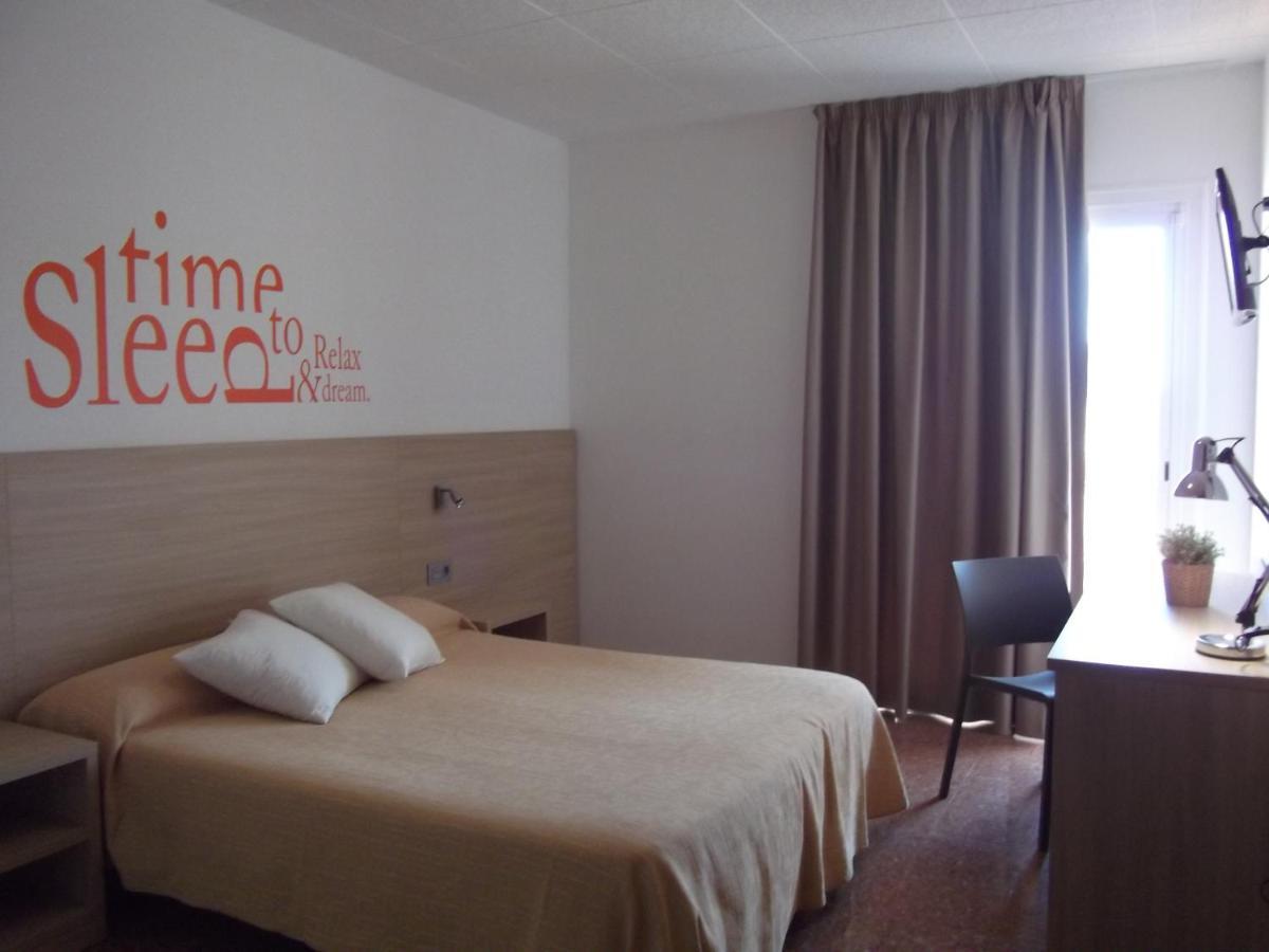 Hotel Mediterrani Express - Laterooms