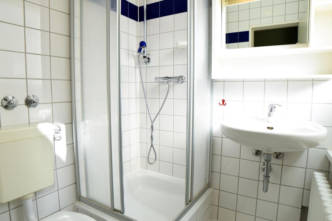 Amstel House Hostel Berlin - Laterooms