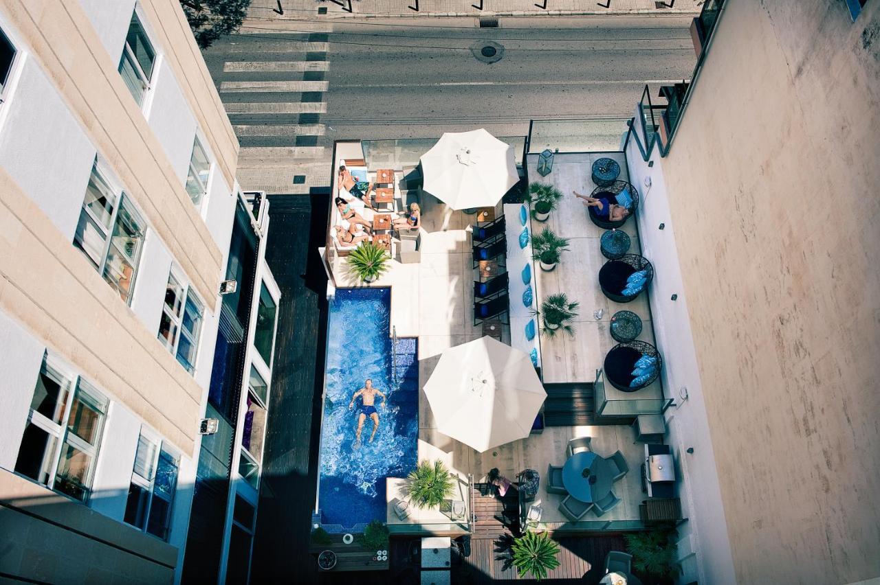 Hotel Feliz - Laterooms