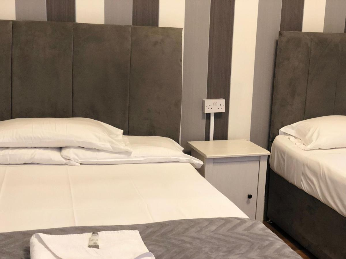 The Crystal Lodge Hotel - Laterooms