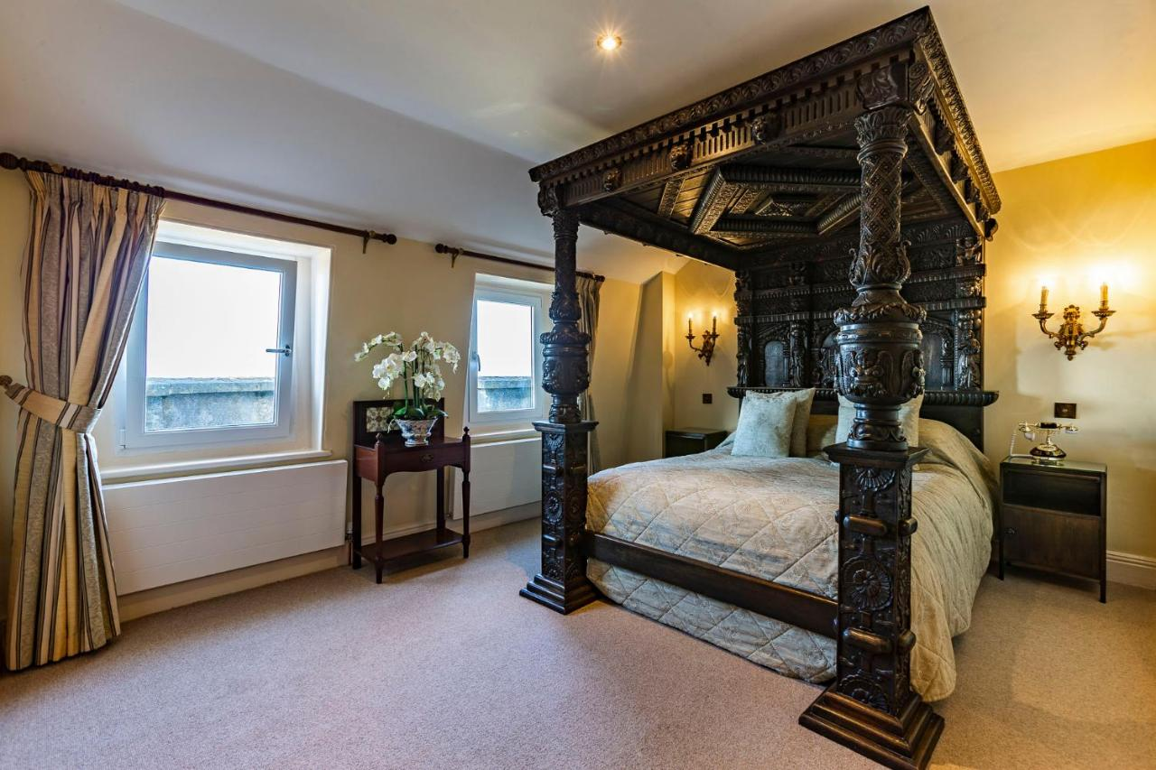 Camelot Castle Hotel - Laterooms