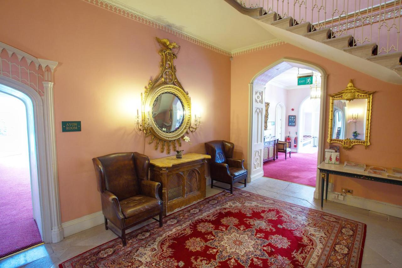 Donnington Grove Country Club - Laterooms