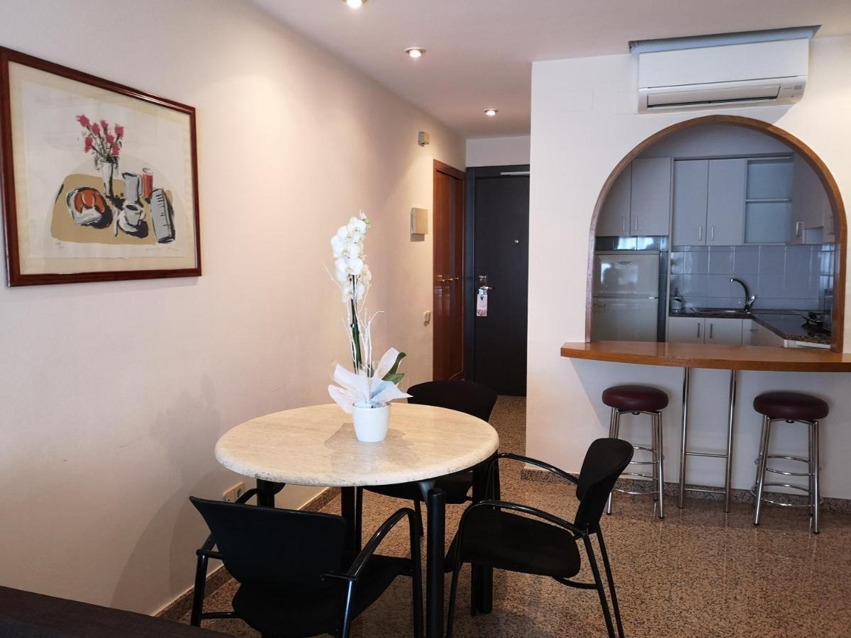 URH Ciutat de Mataró - Laterooms