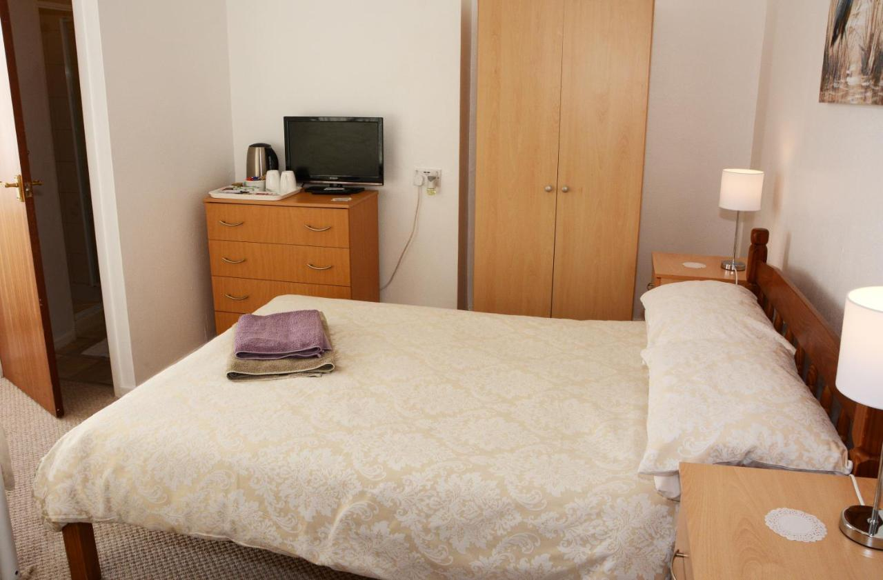 The Cove Guest House - Laterooms