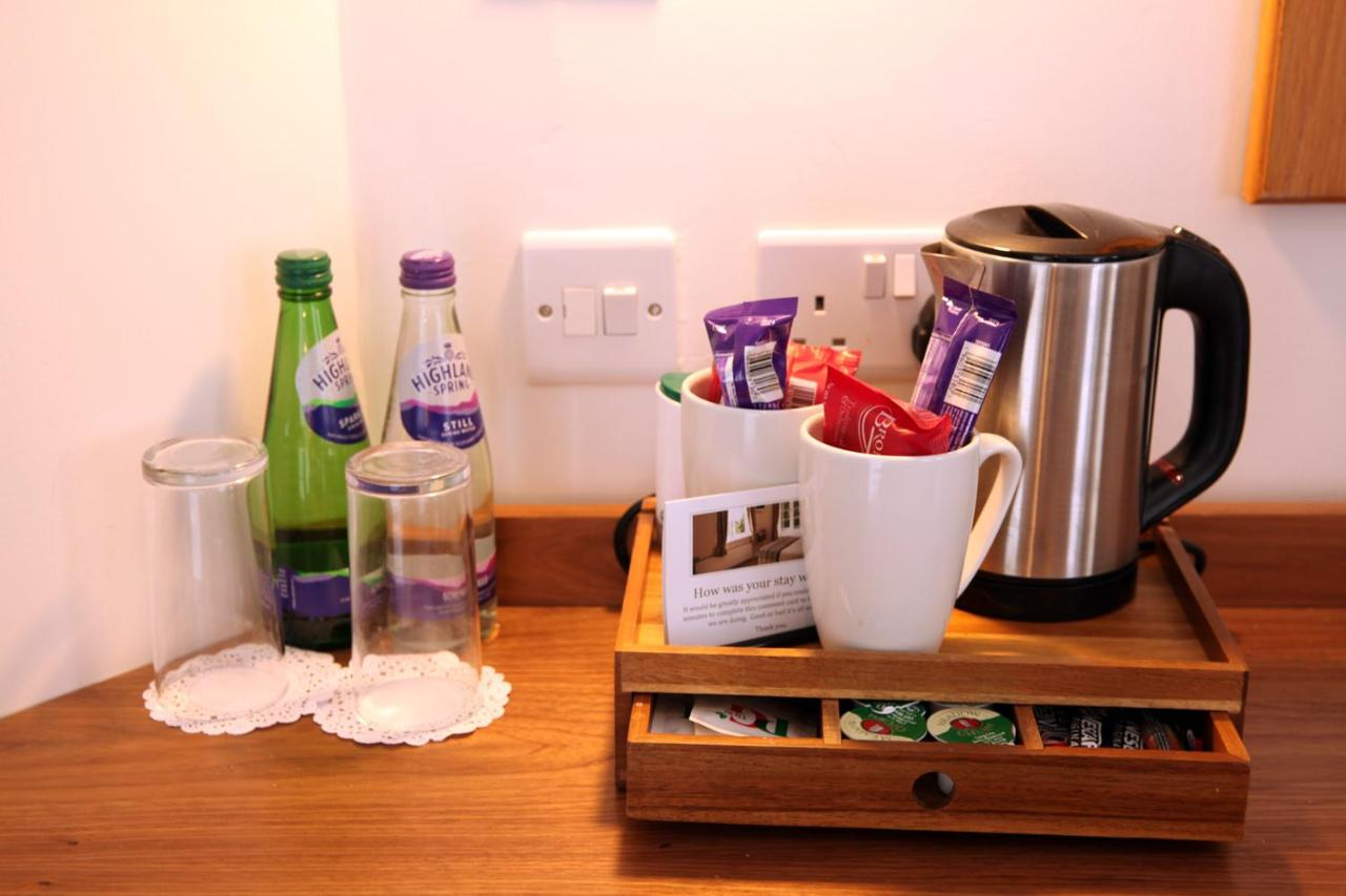 The Jug and Bottle - Laterooms