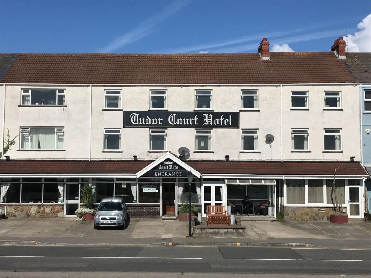 Tudor Court Hotel - Laterooms