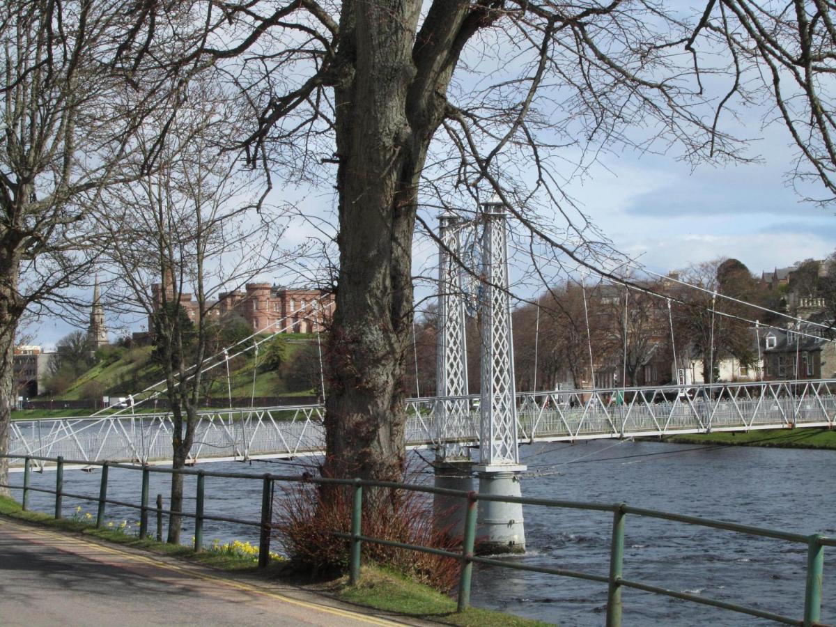 River Walk - Laterooms