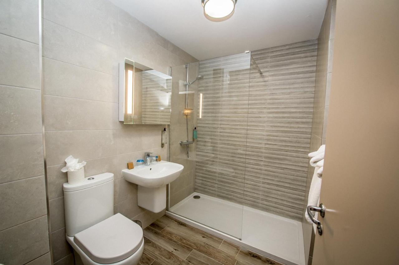 Waterfoot Hotel - Laterooms