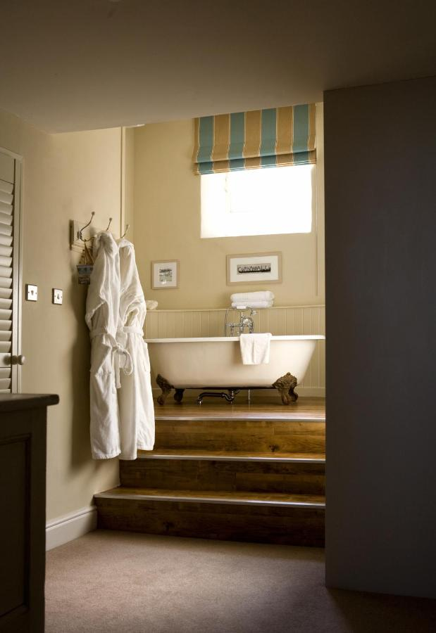 The Old Custom House - Laterooms