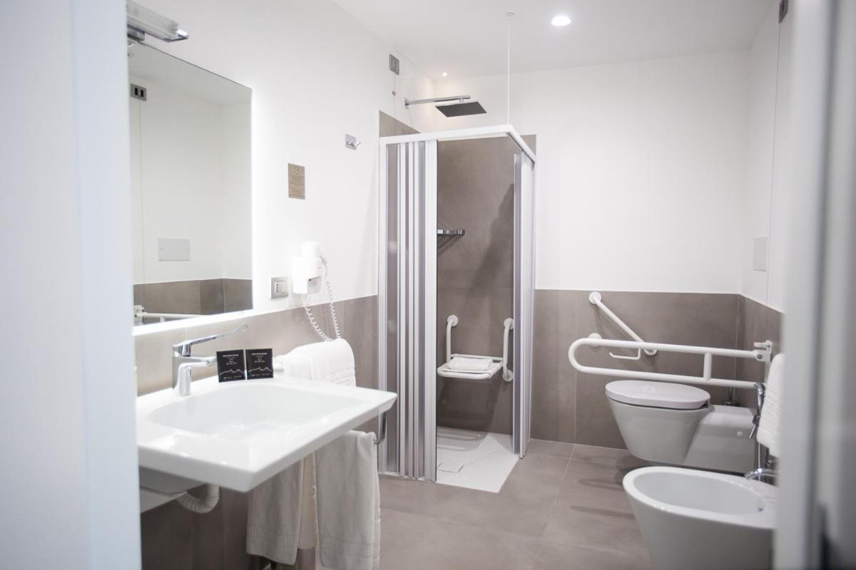 Hotel Monte Sarago - Laterooms