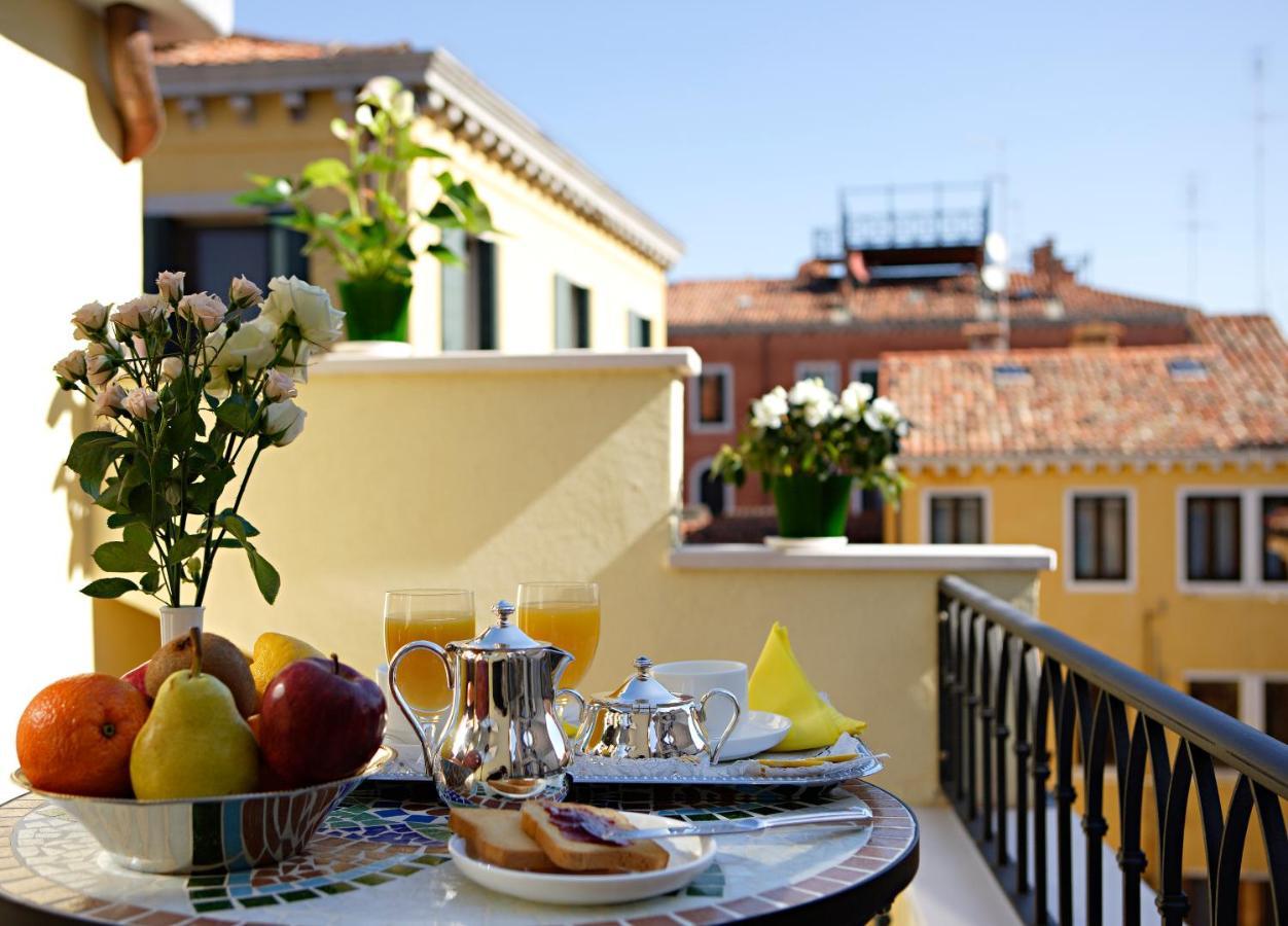 Hotel Carlton Capri - Laterooms