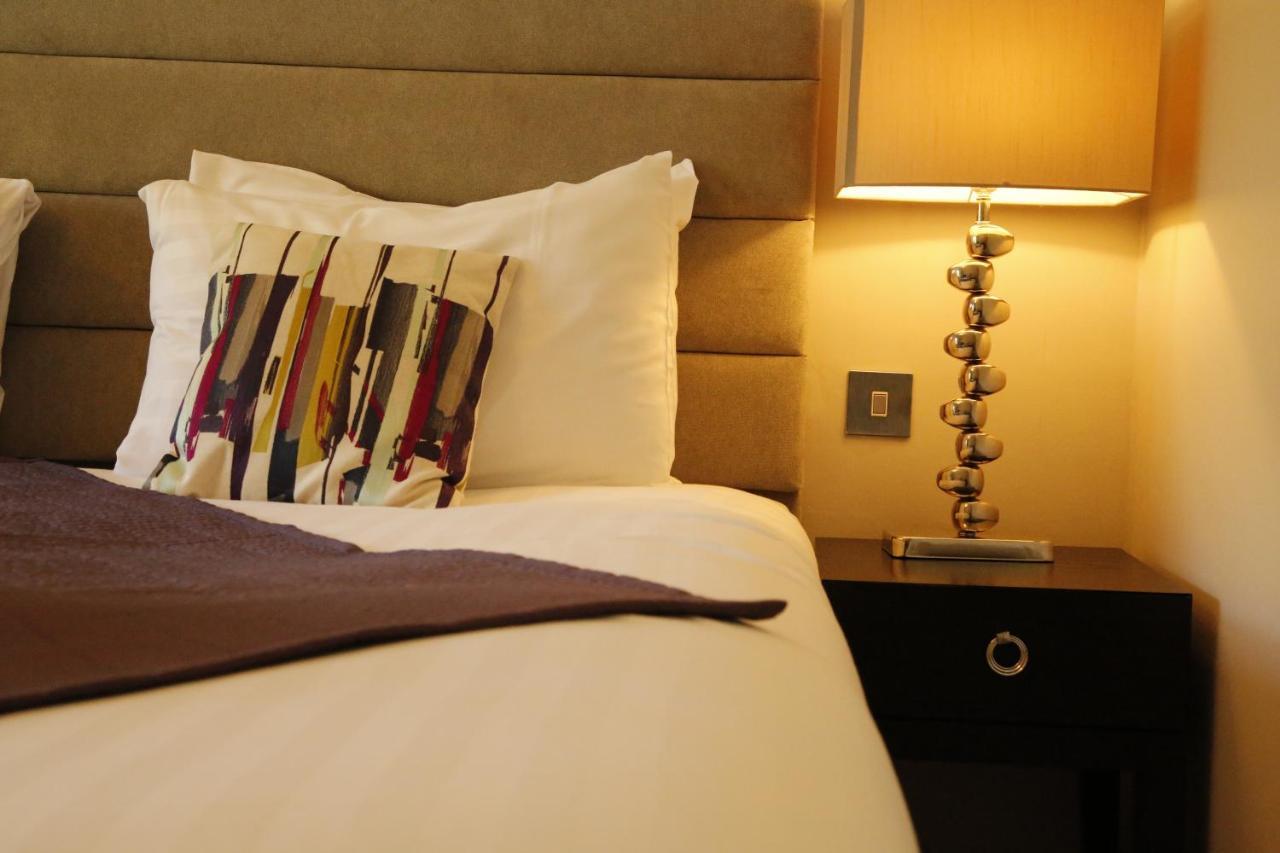 New Bath Hotel - Laterooms