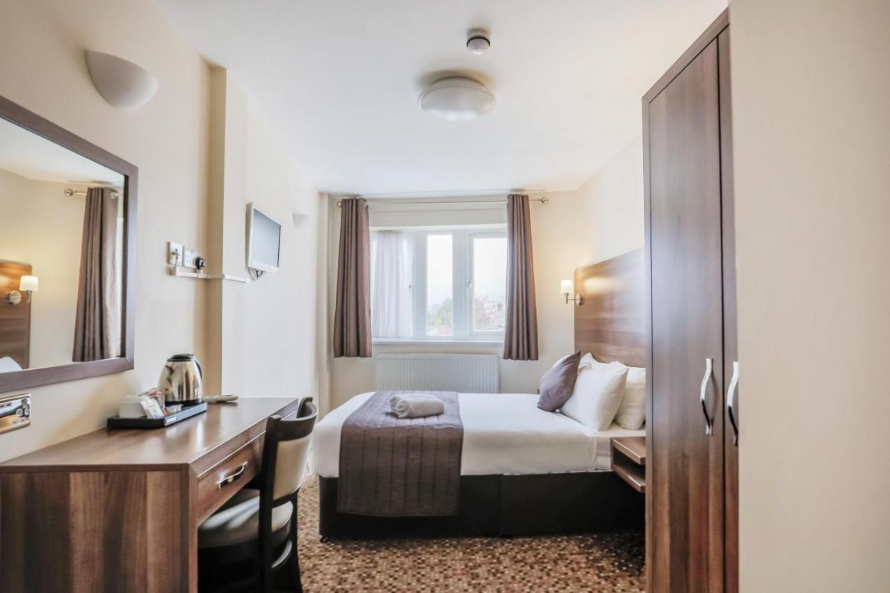 Prince Regent Hotel Excel London - Laterooms