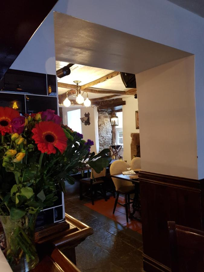 The Royal Oak Hotel - Laterooms