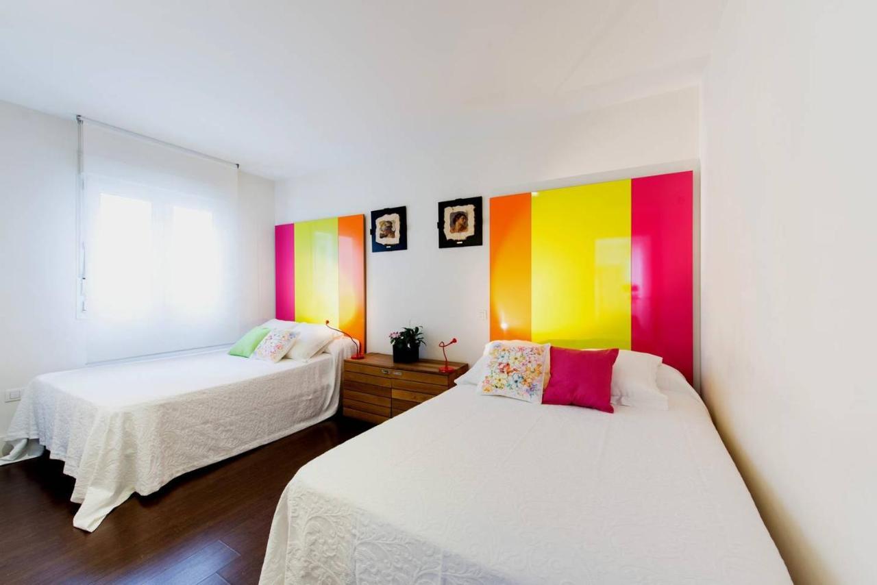 Gay Hotel Hostal Puerta Del Sol Madrid - Laterooms