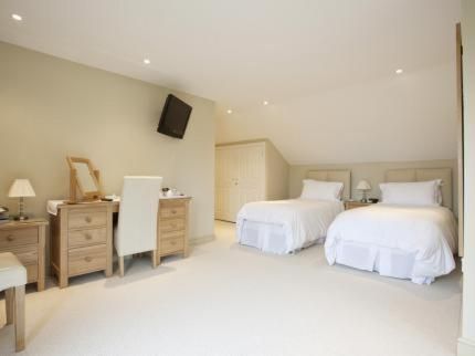 Cleeves Wood - Laterooms