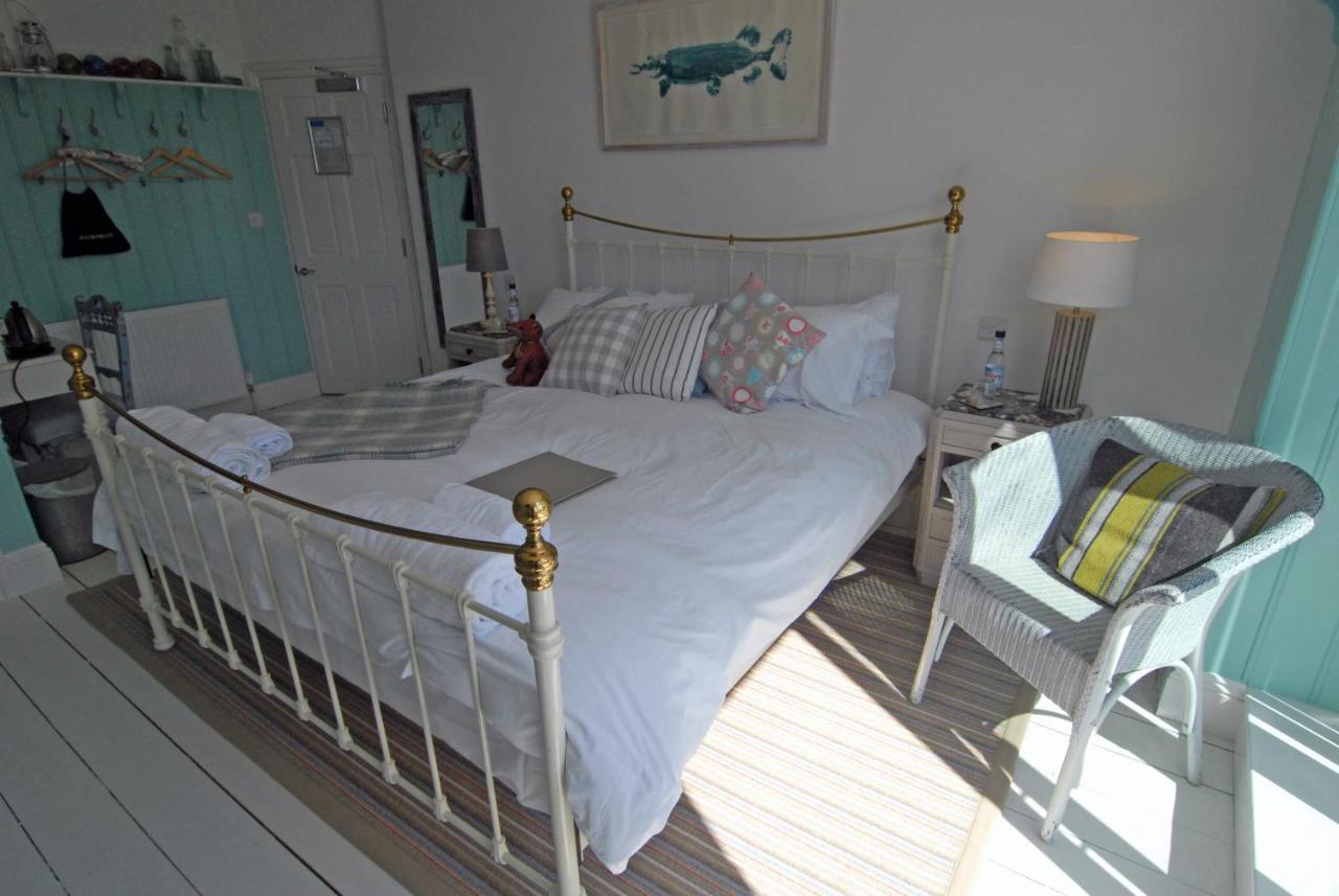 Lulworth Cove Inn - Laterooms