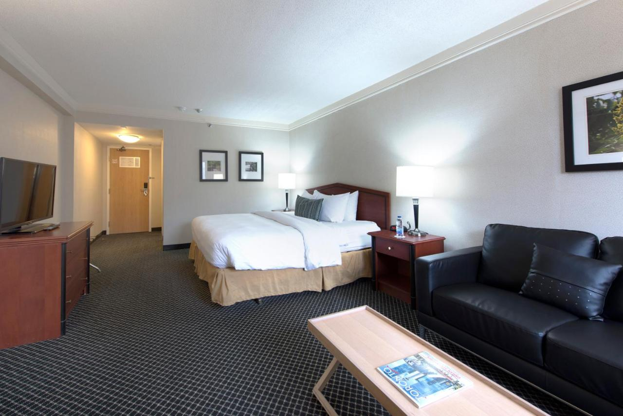 Toronto Don Valley Hotel and Suites - Laterooms